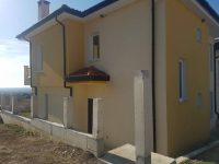 Къща в Кошарица